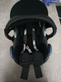 big sale Maxi-Cosi car seat 0+, and 9 month-4 years 90% new, Highchair good condition !