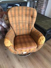 2 solid swivel chairs. Original