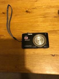 Nikon Coolpix S2700 camera
