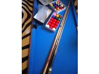 POOL TABLE WITH CUES AND BALLS 20