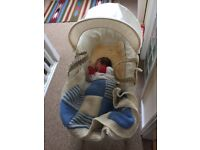 Moses basket and stand, mattress and two sheets (mothercare)