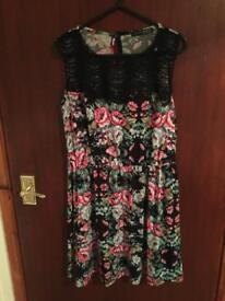 Flower print dress size 10