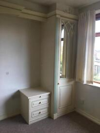 Fitted Wardrobes and Vanity