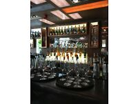 EXPERIENCED WAITRESS' FOR RESTAURANT & COCKTAIL BAR IN THE AFFLUENT SW4 REQUIRED