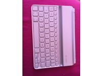 Logitech iPad Mini ultra thin keyboard