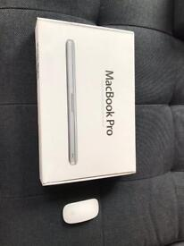 MacBook Pro 2009 with Apple Mouse