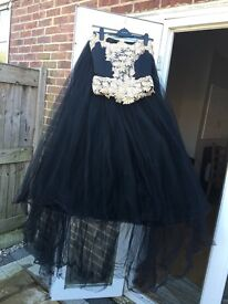 Stunning prom dress 10-12 for sale!