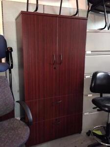 Fauteuil meubles dans grand montr al petites annonces for Meuble bureau guimond