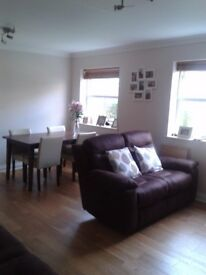 Large newly refurbished 2bed ground floor apartment in private gated development available furnished