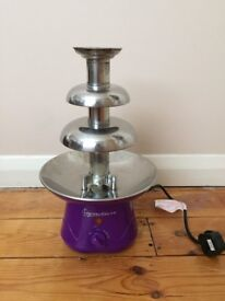 Signature Chocolate Fountain - used twice - in excellent condition
