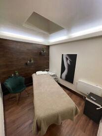 Massage, Scrubbing, Jacuzzi - professional salon!
