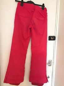 Women's hot pink ROXY snowboard pants. UK size 8.