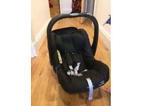 britax Römer SHR baby seat with Isofix base