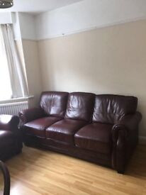 4 bed room house on rent