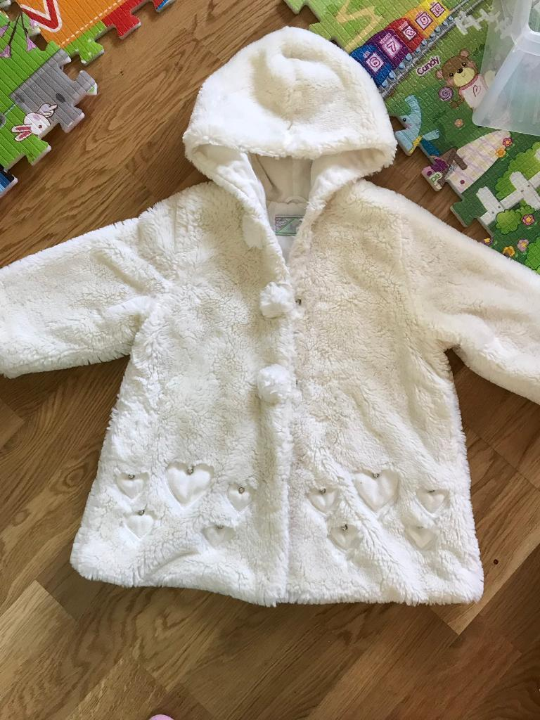 3749922c7c76 18-24 Months Girls White Fluffy Faux Fur Hooded Coat