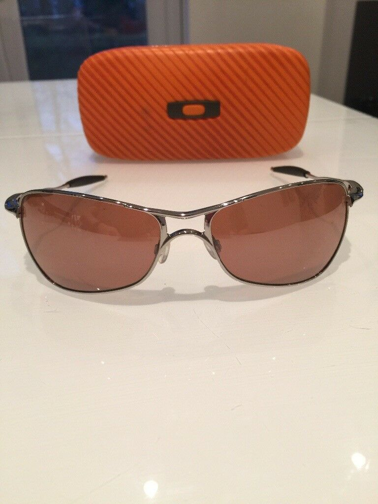 Oakley crosshair sunglasses with case excellent condition- £70