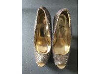 Sparkly high heels size 7