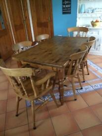 Solid Pine Table, 4 chairs and 2 carvers