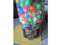 20p coin operated capsule vending machine with stock