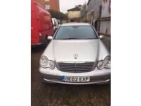********MERCEDES C LASS C200 ONLY 60000 MILES 1 YEARS MOT****