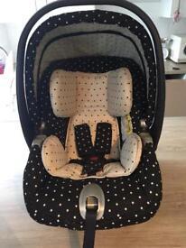 Mamas and Papas Mimi Car Seat & Isofix Base Group 0+