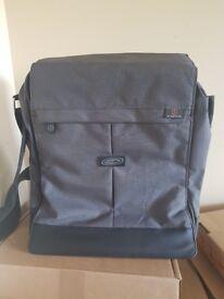 TechAir Airbag Inside Laptop shoulder Carry Bag BNIB, 15.6 Inch laptop