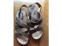 Ladies Glub Sandals