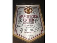 Manchester United 2004-2005 SIGNED collectors item.