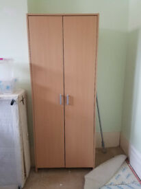 Single wardrobe in good condition