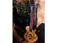 Yamaha AES 620 HB guitar