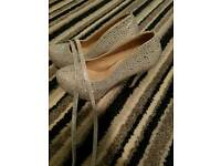 Womens / girls shoes