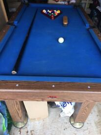 pool table with accesories