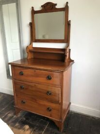 VINTAGE SOLID PINE DRESSING TABLE WITH MIRROR VERY NICE LOOKING ITEM LOCAL DELIVERY POSSIBLE