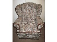Wing Back Arm Chair Fabric Cloth Very Good condition