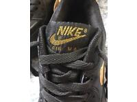 Black gold Nike air 90 trainers adult Uk size 8