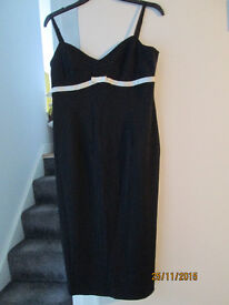 LADIES STRAPPY PARTY DRESS - FROM OASIS - SIZE 14 - VGC