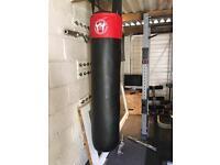 4.5ft kicking boxing/ punchbag bag