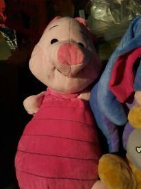 Large winnie the pooh teddies