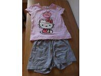 Girls Hello Kitty Pyjamas Age 7-8