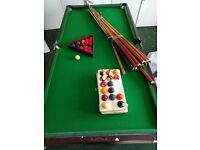 1/4 Size Pool/Snooker Table with folding legs