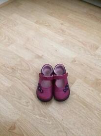 Start rite dark pink/ purple soft leather shoes 5.5G 5 1/2 G