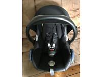 Maxi Cosi Cabriofix Car Seat in Excellent Condition Fully Cleaned Ready to Use