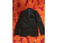 Men's 2-Piece Suit Black + 2 Shirts + 2 Ties - Slim Fit - £90 ONO