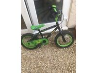 Apollo Claws bike £30 with stabilisers