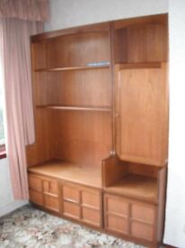 Free standing wall unit x 3 with lighting