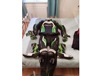 RST TRACK TECH EVO 2 PIECE MOTORBIKE LEATHERS/BOOTS/GLOVES