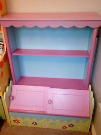 Girls bookcase/storage unit
