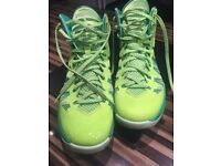 Nike Hyperdunk Basketball boots size 9.5