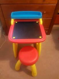 Crayola Art Table and Stool