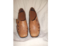 Ladies Light Tan Leather Hotter Shoes, Size 4 and A Half. Nearly New Excellent Condition.